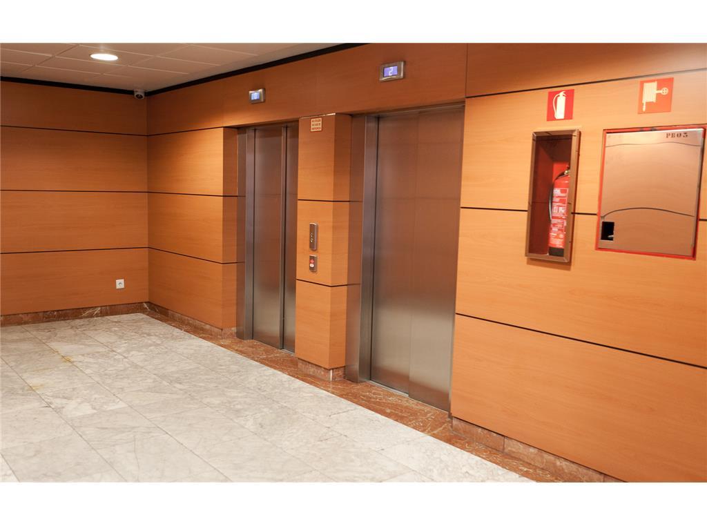 Oficinas en tres cantos cci for Oficinas prop valencia
