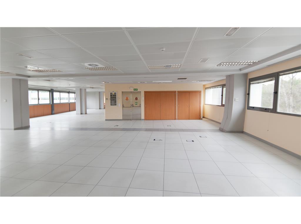 oficinas en tres cantos cci