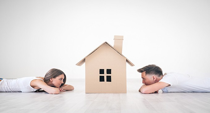 Los menores de 30 años destinan el 50% de sus ingresos a compra o alquiler de pisos