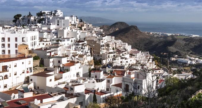 Sube el alquiler de viviendas para vacaciones en el Levante almeriense