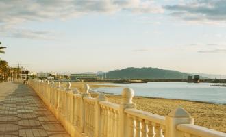 Disfruta de la costa almeriense en el Residencial Garrucha