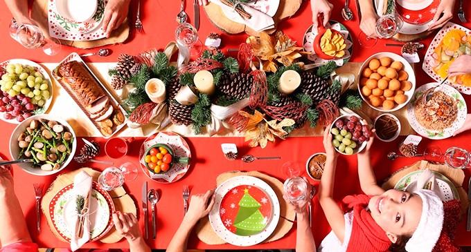 Consejos para ser el mejor anfitrión en la cena de navidad en casa.