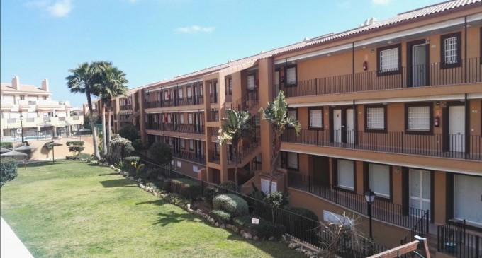 Apartamentos Marina Casares en primera línea de playa