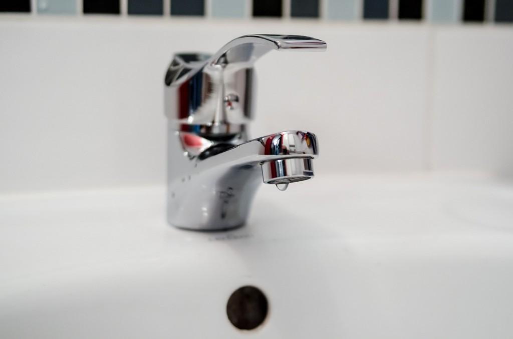 ahorrar agua en casa averias