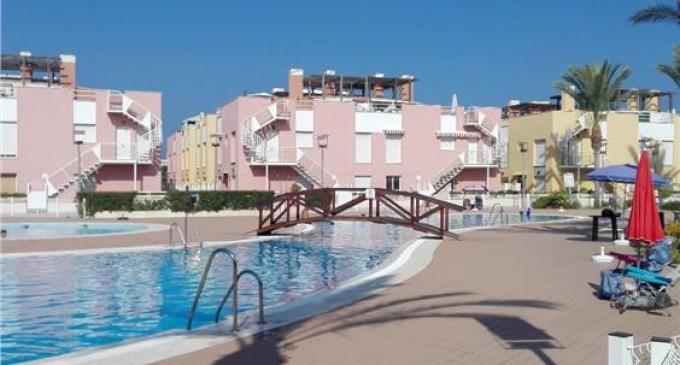 Alquileres en las playas de Almería a un precio irresistible en el Residencial Laguna Beach