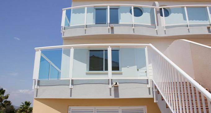 Chalets pareados en el Residencial Oliva Sunset, ideal para los amantes de la costa