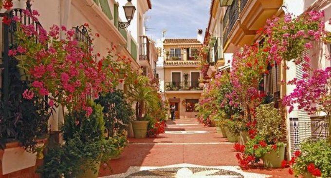 Estepona:  el jardín de la costa del sol